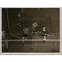 1939 Press Photo Two teams playing lacrosse on a field - net10300