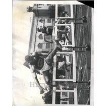 1960 Press Photo Willie May Hurdles