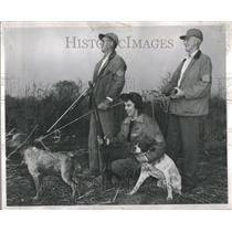 1949 Press Photo Frank Caldwell Hunting