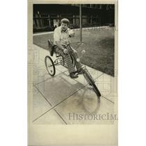 1977 Press Photo Ron Grisamer Bicycling - spa31161