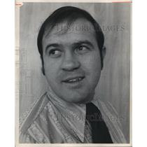 1972 Press Photo Zinn Gorby, Kenston High wrestling coach. - cvb72717