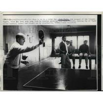 1957 Press Photo New Detroit Tigers manager Jack Tighe plays ping pong