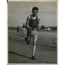 1930 Press Photo University of Washington junior distance runner Elbert Sellers
