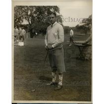 1928 Press Photo Golfer C. Everett Bacon golfs at Westchester-Biltmore CC