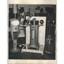 1939 Press Photo Kelvin And White Factory Boston Mass