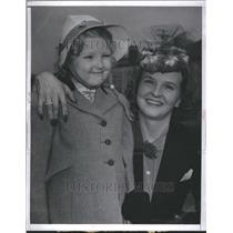 1940 Marion Talley Singer Press Photo