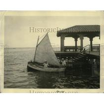 """1930 Press Photo Sailboat """"Globetrotter"""" in Clearwater, Florida - nez24541"""