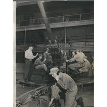 1955 Press Photo Capt Richard Maravek Battery Bradley