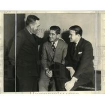 1933 Press Photo Baseball Confab at Chicago-Hornsby, Cochrane & Cronin