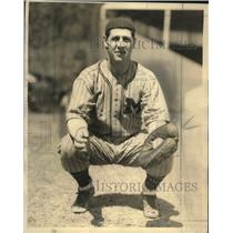 1934 Press Photo Russ Young, Milwaukee Brewer Veteran - mjs03724