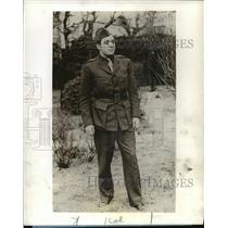 1942 Press Photo Larry LeSueur, war correspondent from Kuibyshev, Russia, on CBS