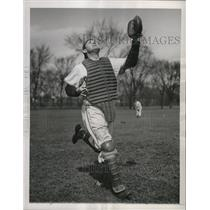 1945 Press Photo Bill Salkeld at Pirates spring training in Muncie, Indiana