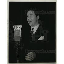 1943 Press Photo Kenny Baker - mjx14607