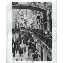 1956 Press Photo GUM is Moscow's equivalent to Macy's G