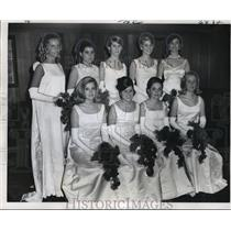 1969 Press Photo Maids at High Priests of Mithras Carnival Ball, Mardi Gras