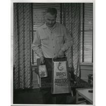 1954 Press Photo Joe Green of Waukesha, who rang his bell at Braves games.