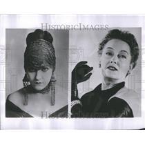 1953 Press Photo Gloria Swanson Cecil B Demille TV
