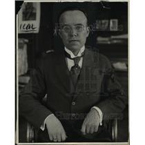 1925 Press Photo Victor Munez Reyes - nef29290