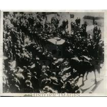 1930 Press Photo Bodies of Pro.Solomon Andree escorted to the streets of Tromace