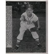 1953 Press Photo Little League pitcher Dallas Lawrence throws perfect game
