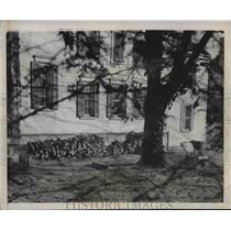 1946 Press Photo John L. Lewis of United Mine Workers Home in Alexandria, VA