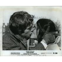1970 Press Photo Ali McGraw and Ryan O'Neal in Love Story. - mjx19848
