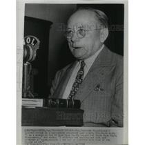 1946 Press Photo Senator Theodore Bilbo speaks at a nationwide broadcast.