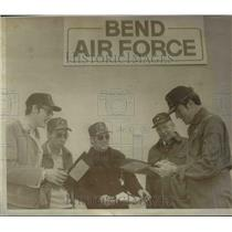 1977 Press Photo Bend Airport managers-Clark, Steelhammer, Yahnke, Thomas