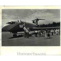 1984 Press Photo 727 jet at Newport Municipal Airport - orb82136