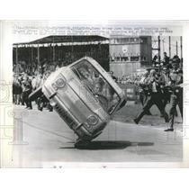 1963 Press Photo Car Stunts - RRR16029