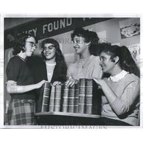 1960 Press Photo Spelling bee Linda Danisewicz Linda Wo