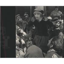 1927 Press Photo Leader Gangs of children