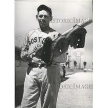 1941 Press Photo Red Sox' Dominic Ryba displays various gloves of his career
