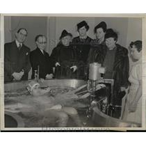 1939 Press Photo New York Opening of therapeutic pool at Bronx Hospital NYC