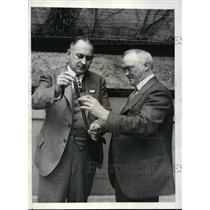 1930 Press Photo WIlliam Peck shows film to C. Francis Jenkins TV inventor.