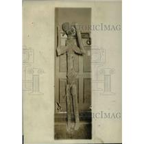 1929 Press Photo Toy or John Barleycorn made by nature of a snarled tree limb