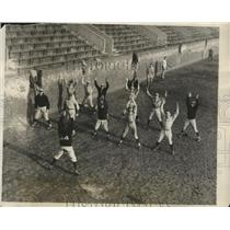 1928 Press Photo University of Pennsylvania Baseball Candidates Warm up