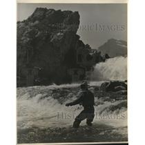 1930 Photo This Fishing Guide Gus Thompson Will Fish with Pres Hoover