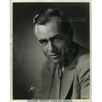1935 Press Photo George Comte-Broadcaster-WTMJ-Wisconsin University Graduate.