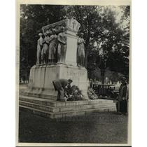 1927 Press Photo Canada-Memorials-The grave of Sir Wilfred Laurier, in Ottawa.