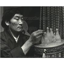 1979 Press Photo Mangtho Gyatso Tibetan Barley Flour Figures, Washington State