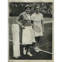 1934 Press Photo Tennis Players Peggy Scriven, Helen Jacobs in Paris, France
