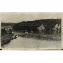 1930 Press Photo River near the Canadian Pacific bridge at Nipigon, Ontario