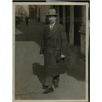 1927 Press Photo Dr. Timothy S. Vaca Leaving for U.S. State Department
