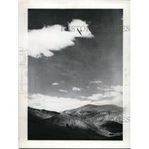 1941 Press Photo Barringer over Sun Valley - nef48903