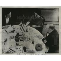 1937 Press Photo Colonel Charles Lindbergh and Wife Visit US w/ James Roberts