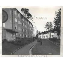 1958 Press Photo Unknown Man Pushing Bicycle up Incline - fux01305
