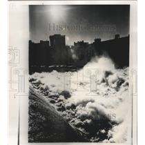 1974 Press Photo Silhouetted Spokane Buildings Frame Spokane Falls on River