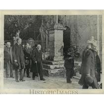 """1928 Press Photo Georges Clemenceau, """"Tiger of France,"""" At His Sister's Funeral"""