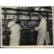 1923 Press Photo U.S. Veterans Bureau Chicago Office Pharmacy Stockroom